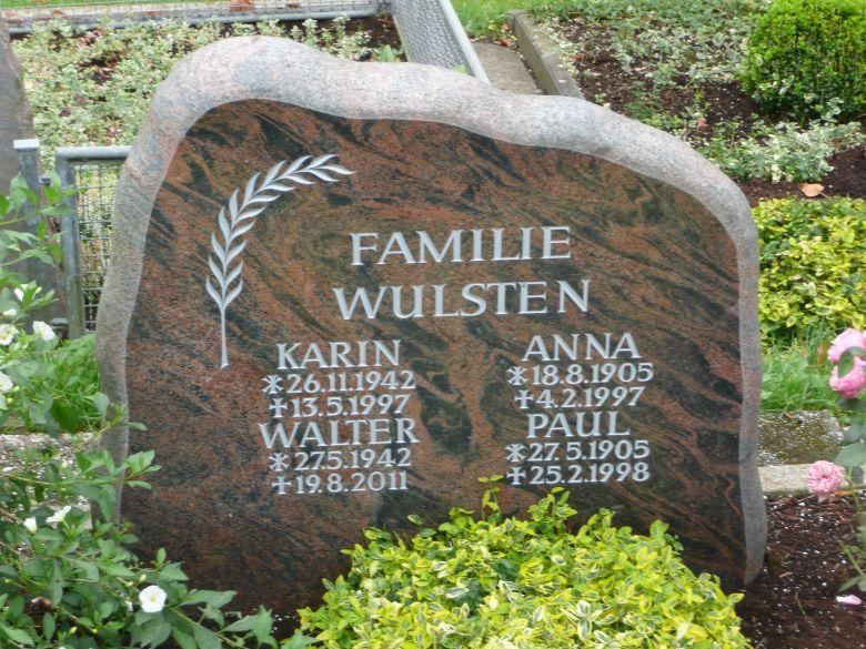 Familiengrabsteine - 2 Friedel Lippert - Inh. Björn Niehues
